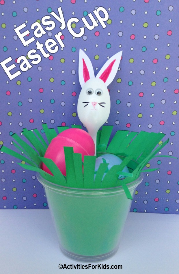 Easter crafts for kids.  Perfect decoration for the Easter table.  Inexpensive enough to make for a large group or as a classroom project.