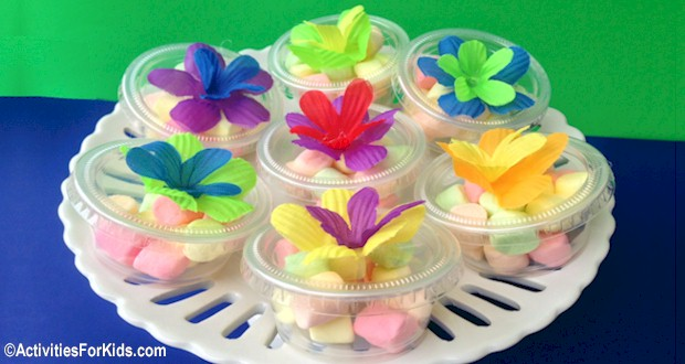 Inexpensive containers from the dollar store make cute Party Favors from ActivitiesForKids.com