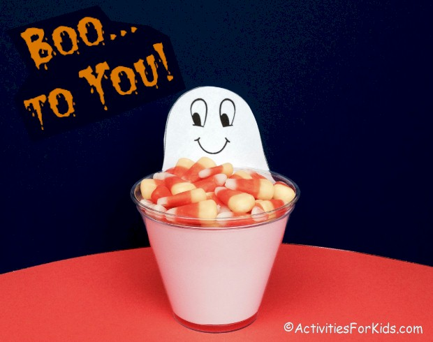 Easy Halloween Crafts for kids.  Children can decorate solo cups with a Halloween character.  Halloween printable includes cup insert from Activities For Kids.