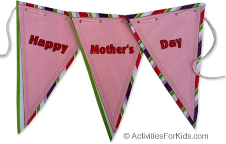 Printable Mother's Day Banner, Kids can print out and decorate for Mother's Day craft. #mothersday