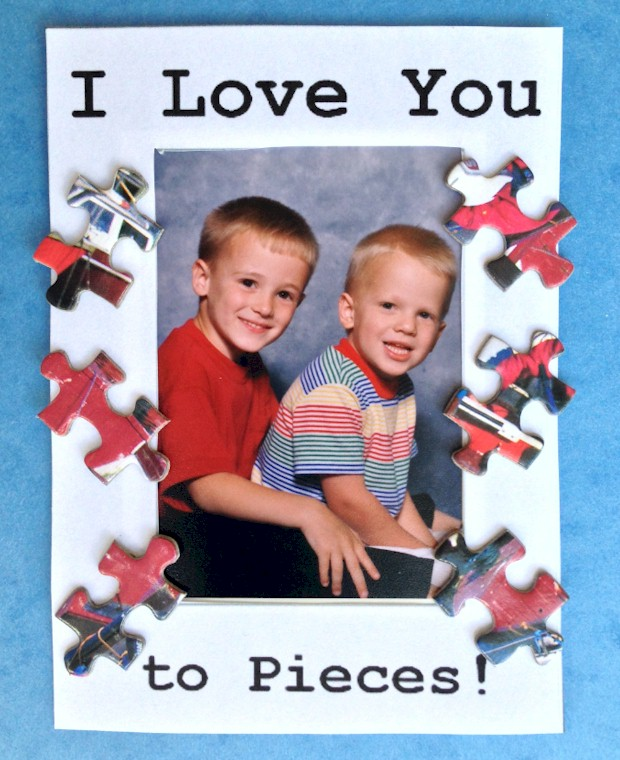 I Love You to Pieces puzzle frame template from at ActivitiesForKids.com.  Printable frame comes in two sizes.  Cute gift for Father's Day or Mother's Day.