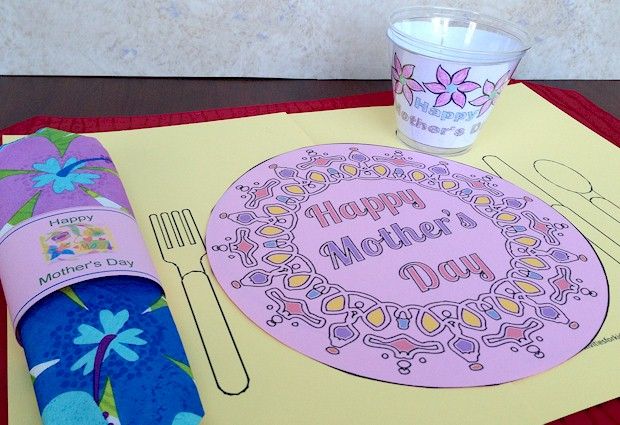 Mother's Day Printable Placemat for kids to help mom celebrate her special day #mothersday