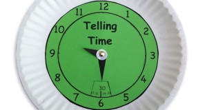 Printable clock craft to teaching children to tell time.