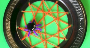 Paper Plate Spider Web - cute for spider lesson plan or for Halloween.