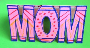 WOW MOM Card for kids to make for Mother's Day