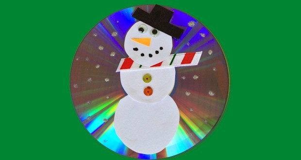 Recycled CD holiday craft for kids.